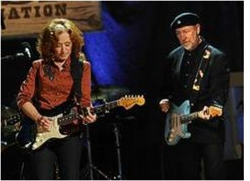 Bonnie Raitt and Richard Thompson